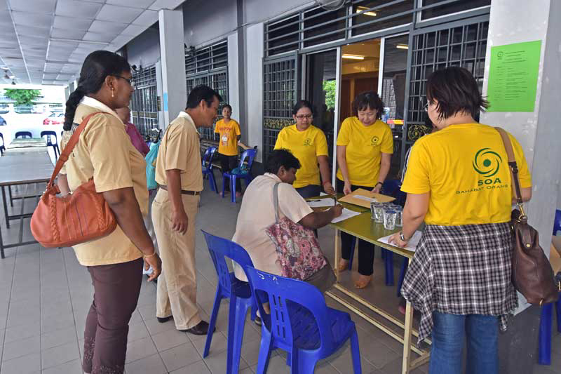 Registration of participants from Kampar parish